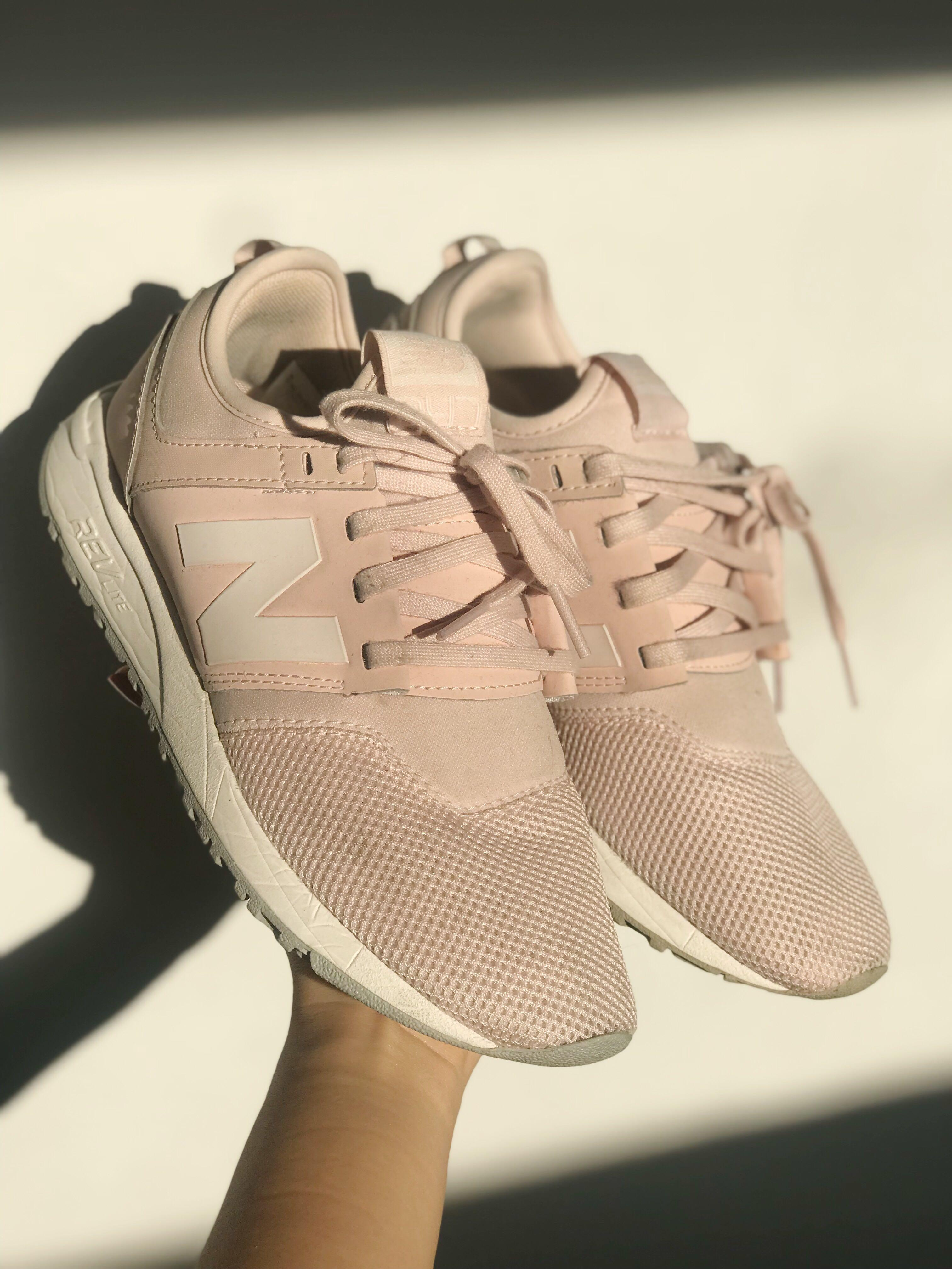 light pink new balance 247