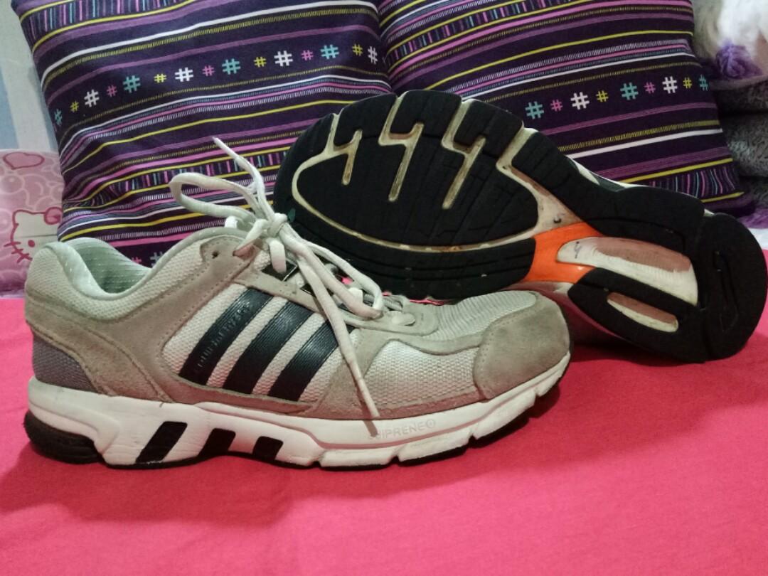 Original Adidas AKTIV Running Shoes