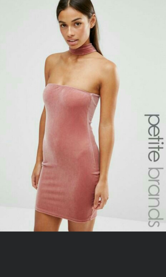 PRICE REDUCED  clearance Boohoo Petite Bodycon Velvet Choker Detail ... 7d1435c226