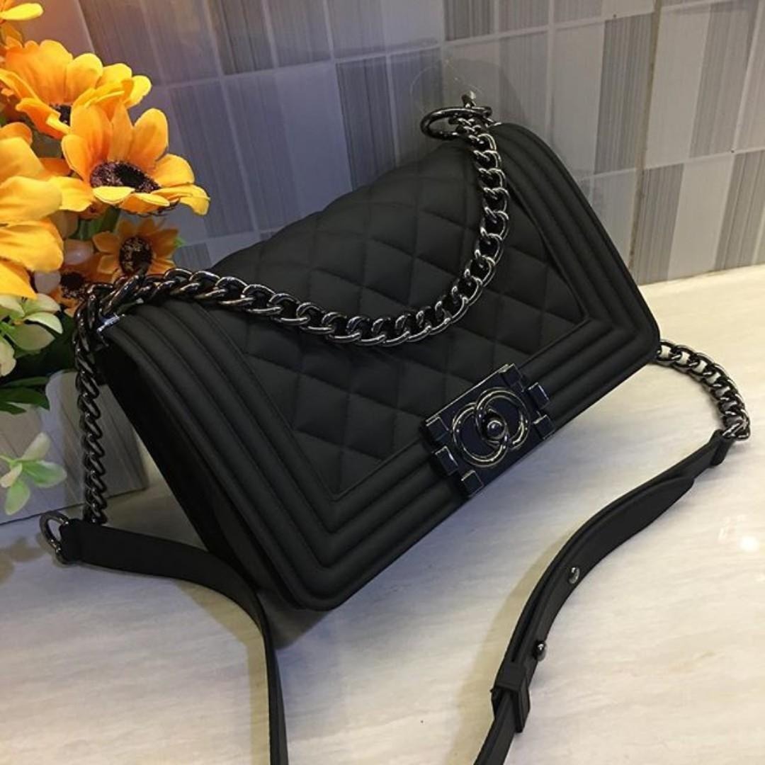 Tas Import Chanel Boy Mini Jelly Matte 9a83dd411e