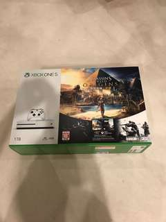 Xbox One S 1TB assassins creed origins rainbow six