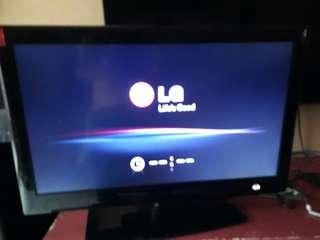 🚚 LG42吋薄型LED高畫質數位液晶電視(42LE5500)