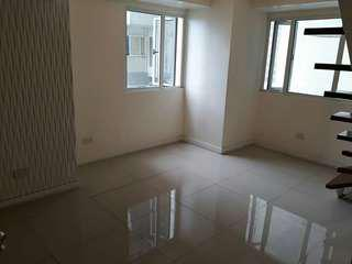 2BR Condo Unit in QC ONLY P9k/month!