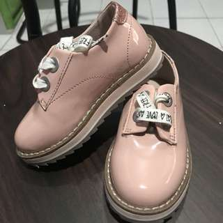 Baby Girl Shoes (used once)