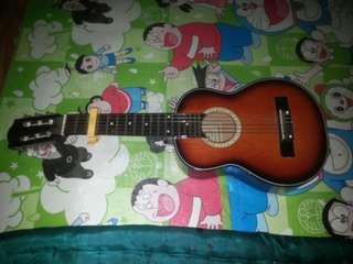 Gitar lele Alfino