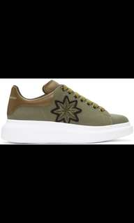 Alexander McQueen Weed Embroidered Exaggerated Sole Sneaker