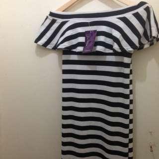 Stripe Off Shoulder Maxi Dress