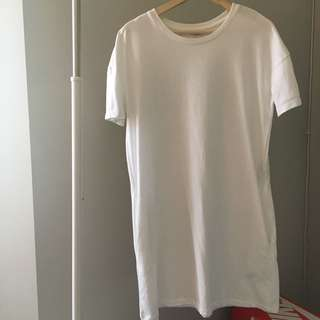 White T Shirt Dress with Side Pockets