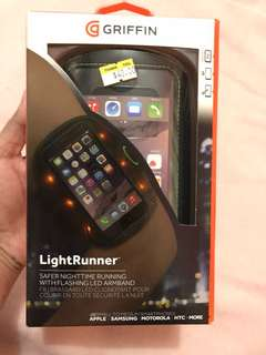 ORIG GRIFFIN LIGHT RUNNER FOR SMALL TO MEDIUM SMARTPHONES