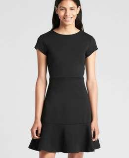 GAP Short Sleeve Ponte Dress