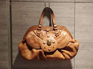 Anya hindmarch handbag, real leather, evergreen style