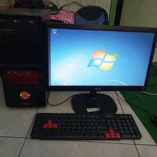 Komputer gaming dan grafis ram 4g