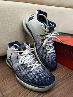 Sepatu Basket Jordan 31 Low