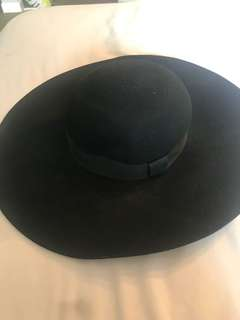 Wool floppy hat from H&M