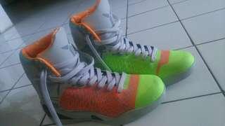 Sepatu basket Kobe 9 high