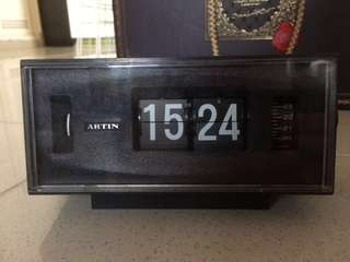 [絕版]1970s Artin's Digital Alarm Clock