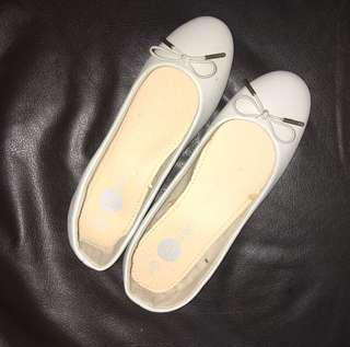 SOLEMATE GRAY DOLL SHOES (SALE)