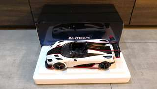 *Reserved* 1/18 Autoart Koenigsegg One:1 (Pebble White / Carbon Black / Red Accents) #79016