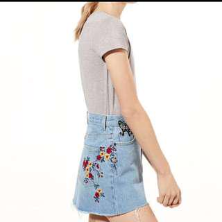Aritzia testani embroidered jean skirt