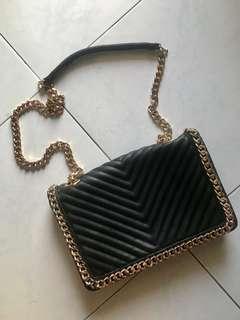 Black chain 2 way shoulder and sling bag
