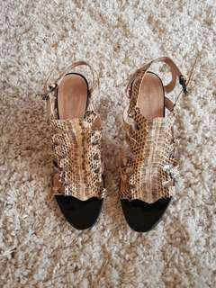 Wittner Snake Pattern Shoes Size 39/8