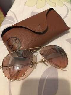 RayBan Aviator Gold tone sunglasses