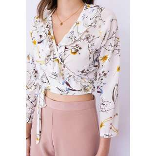 READY STOCK🌸RUFFLE SELF TIE WRAP TOP FLOWERY#JULY100