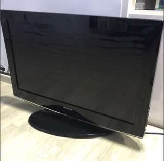 🚚 Free delivery Samsung LCD TV - clearance set