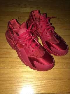 Nike Air Huarache, Red, Size 8 female