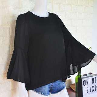 Auth Vero Moda bell sleeves top