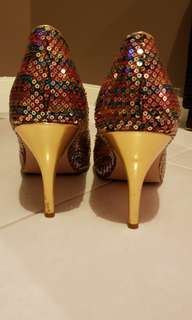 Used betts woman's heels