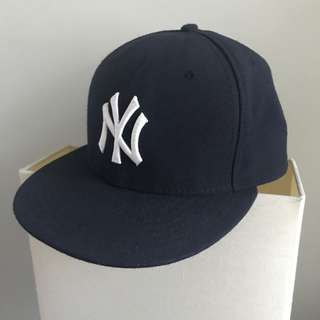 New Era New York Yankees Authentic On-Field Cap (Size 7.5)