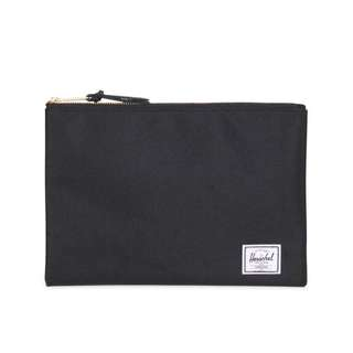 [INSTOCK] HERSCHEL SUPPLY NETWORK BLACK POUCH (L)