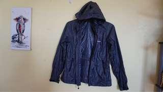 Berghaus pocketable packable windbreaker rain hiking jacket parka with hood