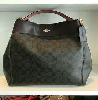 Ready stock Coach Lexy Shoulder Bag in Signature