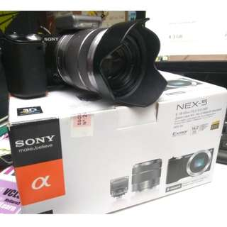 Mirrorless camera - Sony Nex-5
