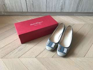 My ferragamo two tones patent high heel shoes 矮踭鞋