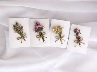 Dried flower gift card/ birthday card/ greeting card