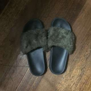 FUR SLIDES FROM COTTON ON