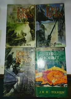 Paket Trilogi The Lord of The Rings dan The Hobbit