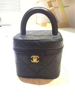 🚚 Chanel 化妝箱