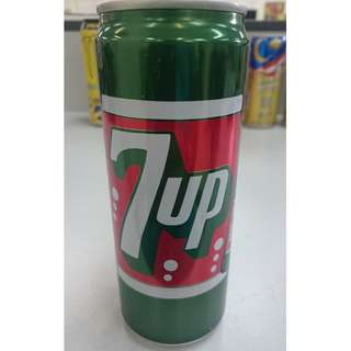7UP vintage collection