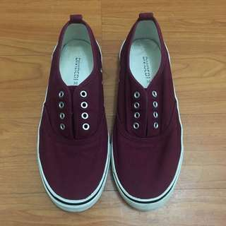 MAROON SNEAKERS (GOT THE LACE ALREADY)