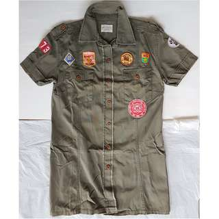 🚚 Vintage Fashion, Retro Style, Funky Shirt, Rare Life & Legend Designer Casual Shirt, United Kingdom, Military, Boy Scouts, Badges, Patches, so Iconic, so Fashionable, so Stylish, Street Fashion, Hip Hop, Rock Star Design