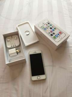 iPhone 5S 32GB Factory Unlocked