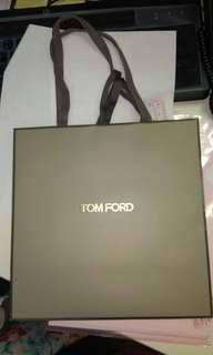 Tomford 紙袋