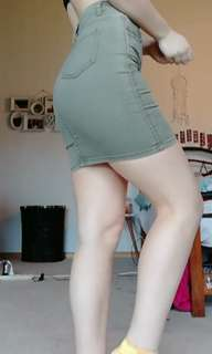 Size 8 - army green tight skirt - Supre'