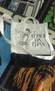 Beams X attack on Titan totebag