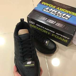 Sepatu Skechers Men sport Haniger Original