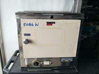 5086 W Memmert oven @$280 each